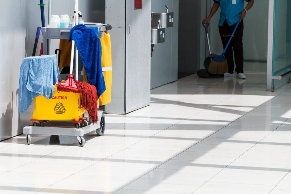 Building Maintenance Services : Benefits of outsourcing your commercial cleaning