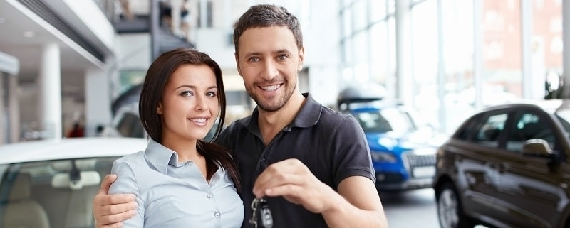 Car Dealership Cleaning Services In Kelowna - couple with car keys